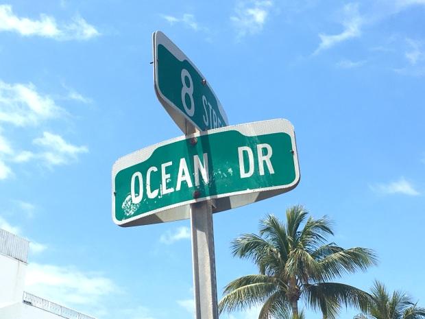 miami_ocean_drive_1