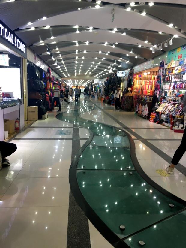 reisetagebuch_shanghai_underground_market
