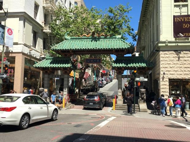 san_francisco_chinatown_dragon_gate