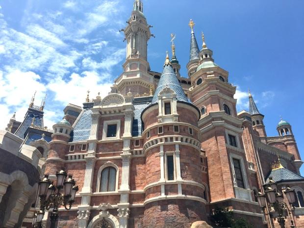 shanghai-disneyland-castle-5