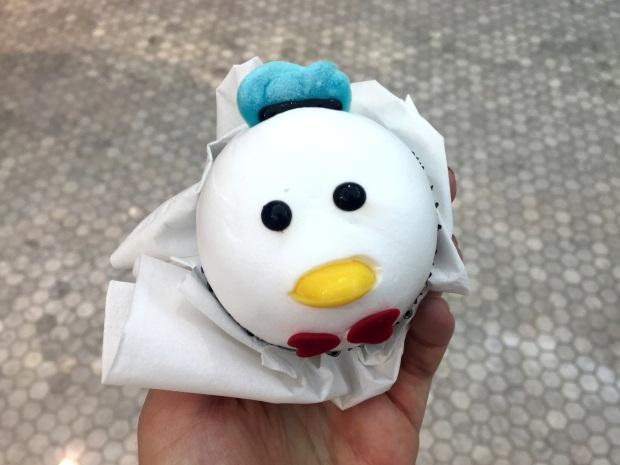 shanghai-disneyland-cupcake