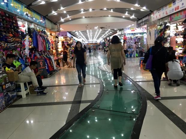 shanghai-underground-market
