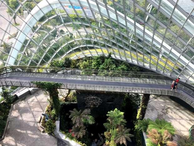 singapur-reisetagebuch-gardens-by-the-bay-cloud-forest-makeupinflight-12