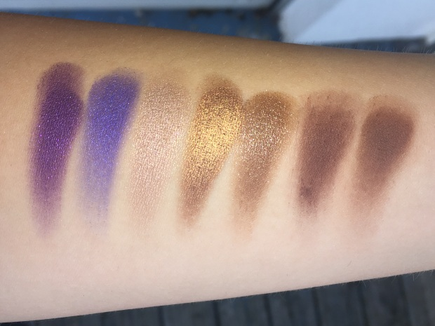 morphe-jaclyn-hill-eyeshadow-palette-swatches-4
