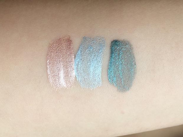 p2_beauty_blues_makeupinflight_aqua_luscious_eye_shadow_4