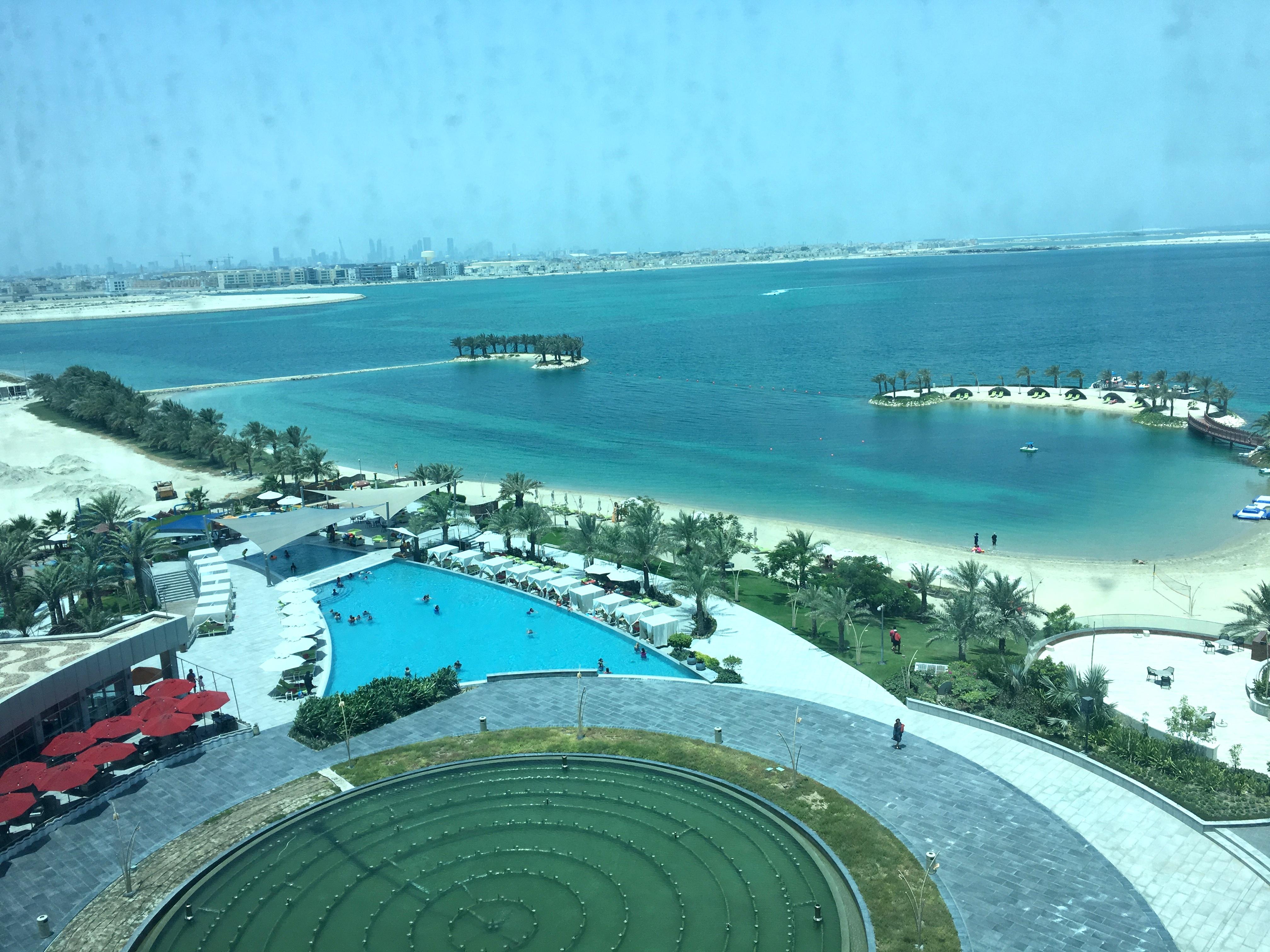 reisetagebuch-bahrain-makeupinflight-5
