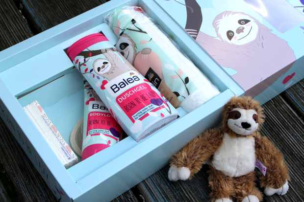 dm-faultier-box-born-to-be-lazy-unboxing-makeupinflight-4