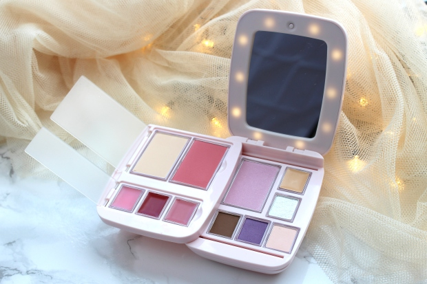 glam-it-glam-pact-modulare-make-up-palette-makeupinflight-9