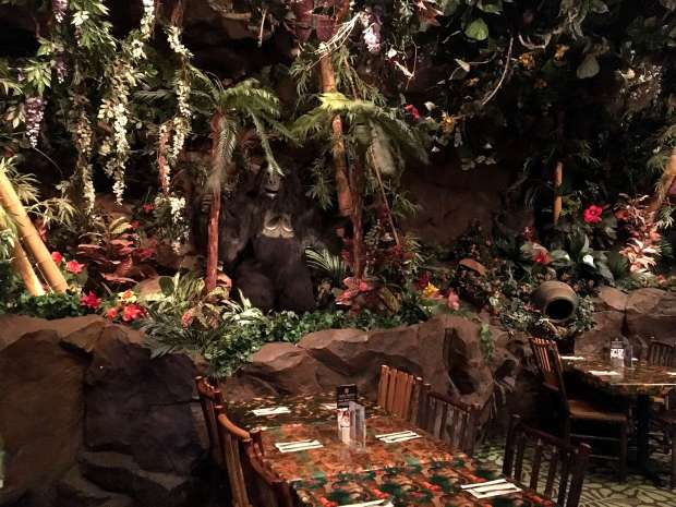 reisetagebuch-makeupinflight-san-francisco-rainforest-cafe-8