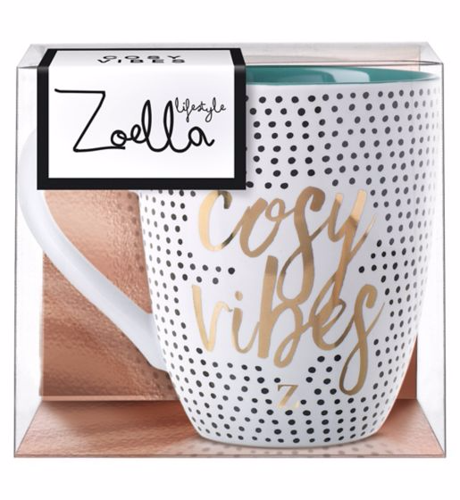 zoella-lifestyle-christmas-range-makeupinflight-10